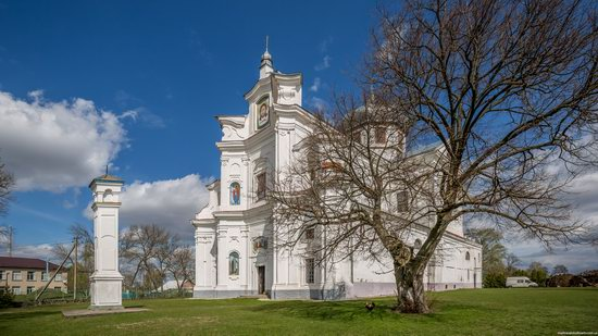 Dominican Church in Staryi Chortoryisk, Ukraine, photo 3