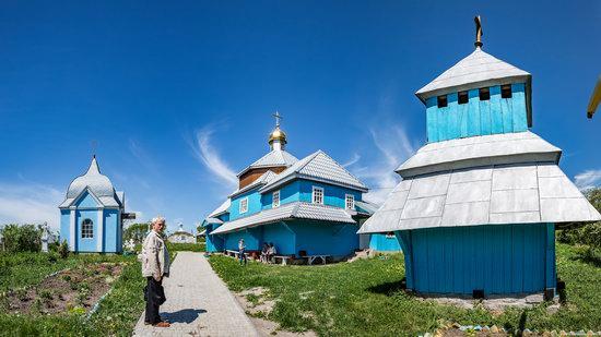 Assumption Church in Torhiv, Ukraine, photo 1