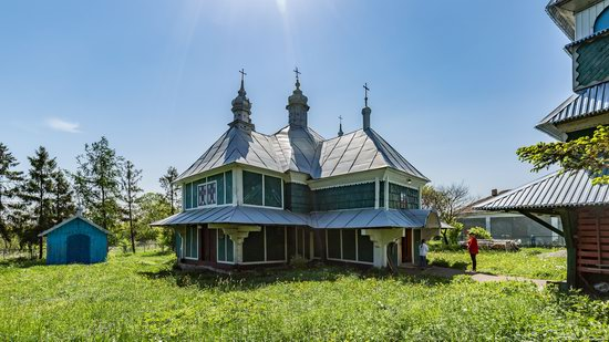 Church of Saints Cosmas and Damian, Makhnivtsi, Ukraine, photo 9