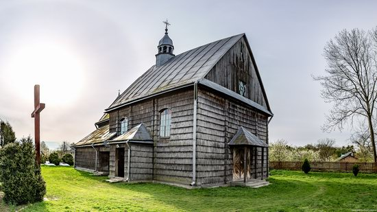 The Second Oldest Wooden Catholic Church in Ukraine, photo 2