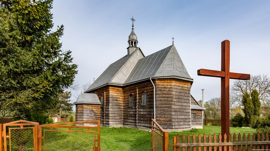 The Second Oldest Wooden Catholic Church in Ukraine, photo 4
