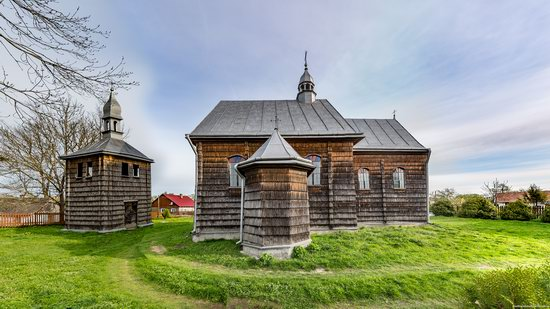 The Second Oldest Wooden Catholic Church in Ukraine, photo 6
