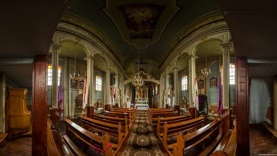The Second Oldest Wooden Catholic Church in Ukraine, photo 8