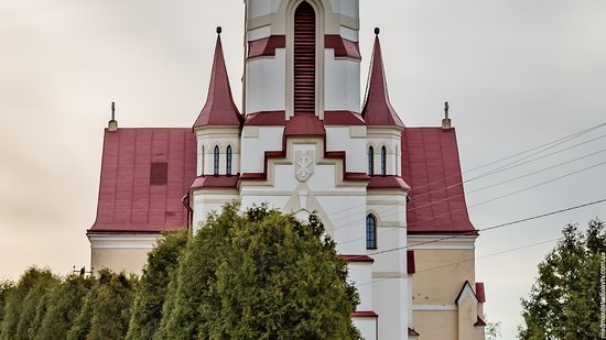 St. Joseph Catholic Church in Tshchenets, Ukraine, photo 3