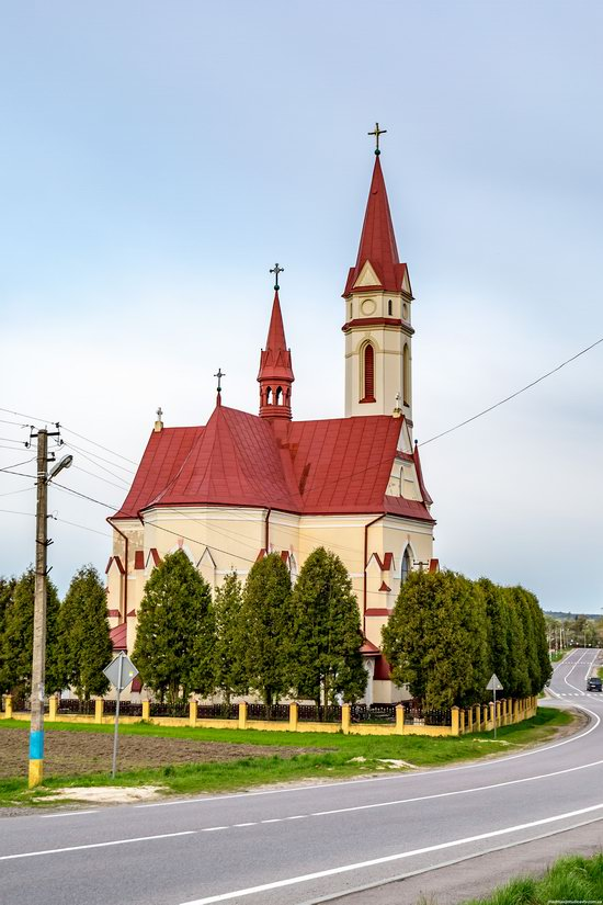 St. Joseph Catholic Church in Tshchenets, Ukraine, photo 5