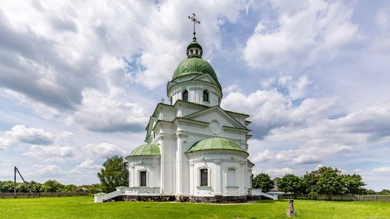 Three Saints Church in Lemeshi, Ukraine, photo 5