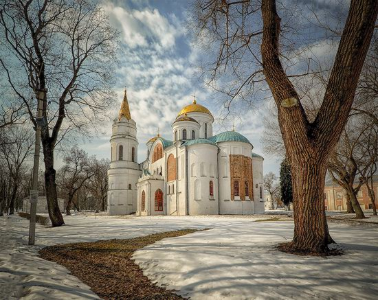 Beautiful old churches of Chernihiv, Ukraine, photo 2