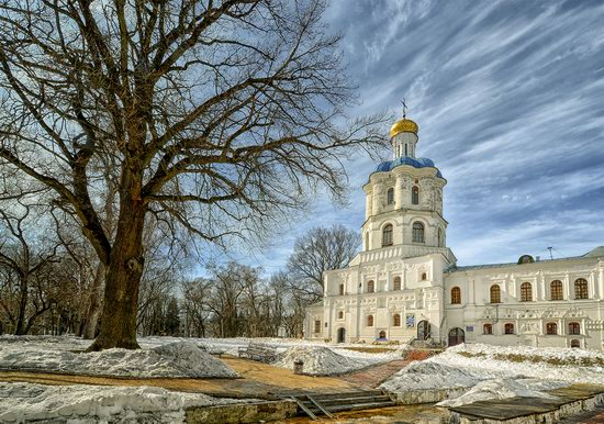 Beautiful old churches of Chernihiv, Ukraine, photo 3
