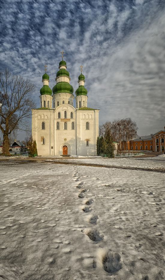 Beautiful old churches of Chernihiv, Ukraine, photo 5