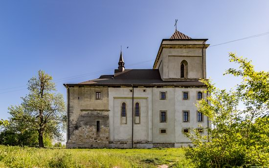 Defensive Roman Catholic Church in Bishche, Ukraine, photo 16