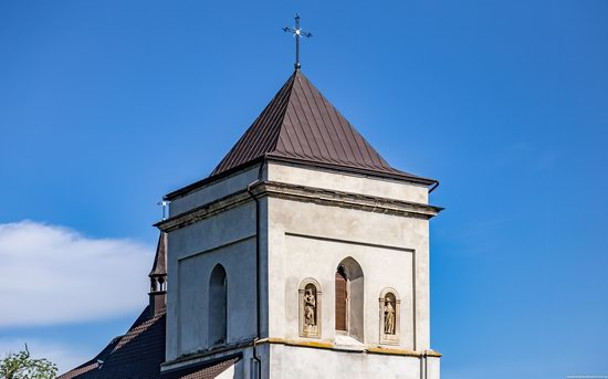 Defensive Roman Catholic Church in Bishche, Ukraine, photo 5