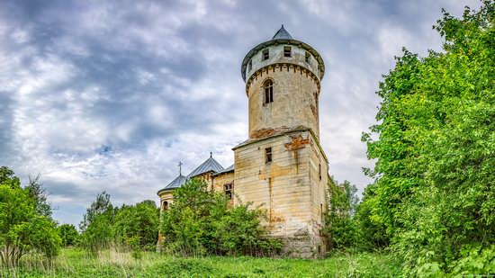 Abandoned Ray Mansion in Pryozerne, Ukraine, photo 11
