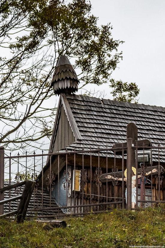 Ascension (Strukivska) Church in Yasinya, Ukraine, photo 6