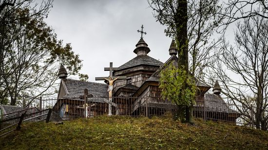 Ascension (Strukivska) Church in Yasinya, Ukraine, photo 7