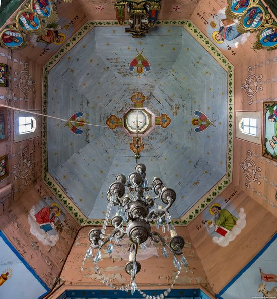 Church of the Holy Apostles Peter and Paul in Urman, Ukraine, photo 15