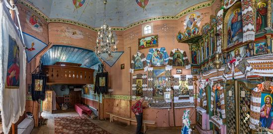 Church of the Holy Apostles Peter and Paul in Urman, Ukraine, photo 16