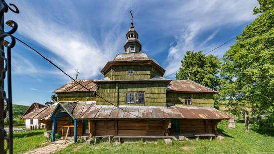 Church of the Holy Apostles Peter and Paul in Urman, Ukraine, photo 17