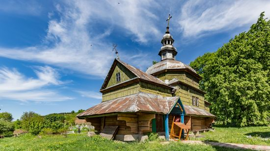Church of the Holy Apostles Peter and Paul in Urman, Ukraine, photo 2