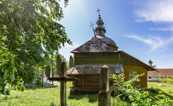Church of the Holy Apostles Peter and Paul in Urman, Ukraine, photo 6