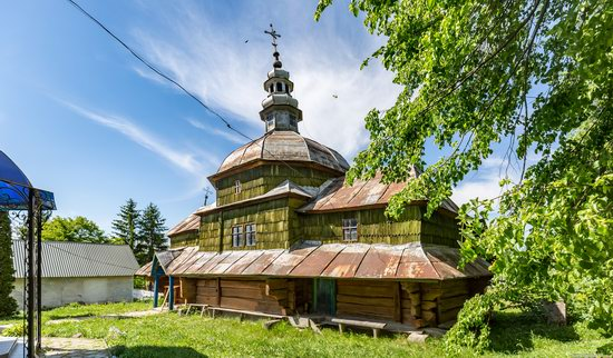 Church of the Holy Apostles Peter and Paul in Urman, Ukraine, photo 7