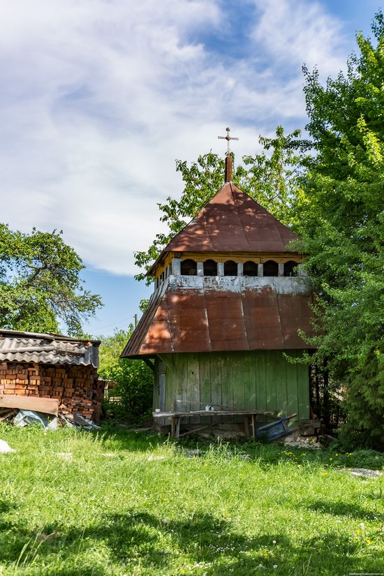 Church of the Holy Apostles Peter and Paul in Urman, Ukraine, photo 8