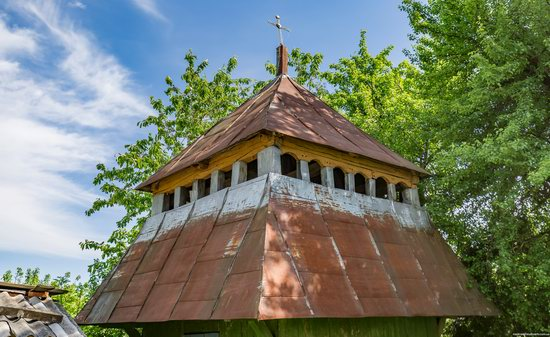 Church of the Holy Apostles Peter and Paul in Urman, Ukraine, photo 9