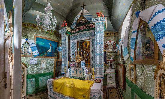 Holy Virgin Church in Lukavets, Ukraine, photo 12