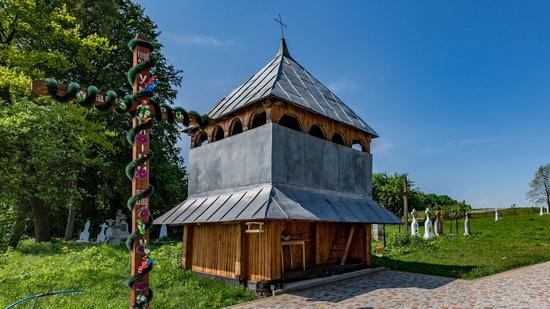 Holy Virgin Church in Lukavets, Ukraine, photo 2