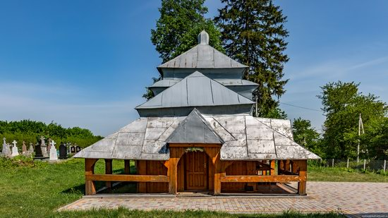Holy Virgin Church in Lukavets, Ukraine, photo 4