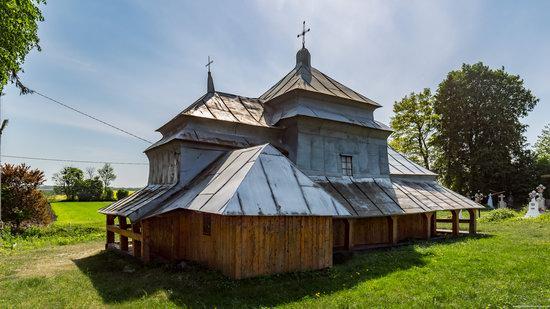 Holy Virgin Church in Lukavets, Ukraine, photo 7