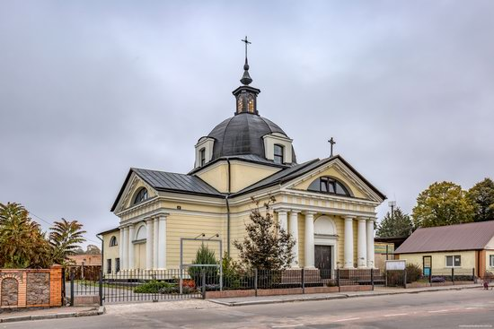 Catholic Church of the Body and Blood of Jesus Christ in Ruzhyn, Ukraine, photo 1