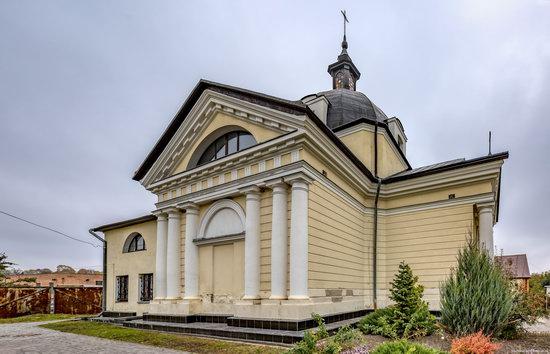 Catholic Church of the Body and Blood of Jesus Christ in Ruzhyn, Ukraine, photo 2