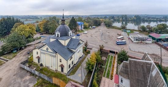 Catholic Church of the Body and Blood of Jesus Christ in Ruzhyn, Ukraine, photo 9