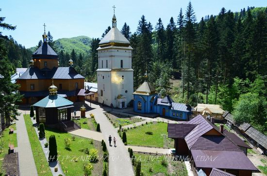 Manyavsky Holy Cross Exaltation Monastery, Ukraine, photo 1