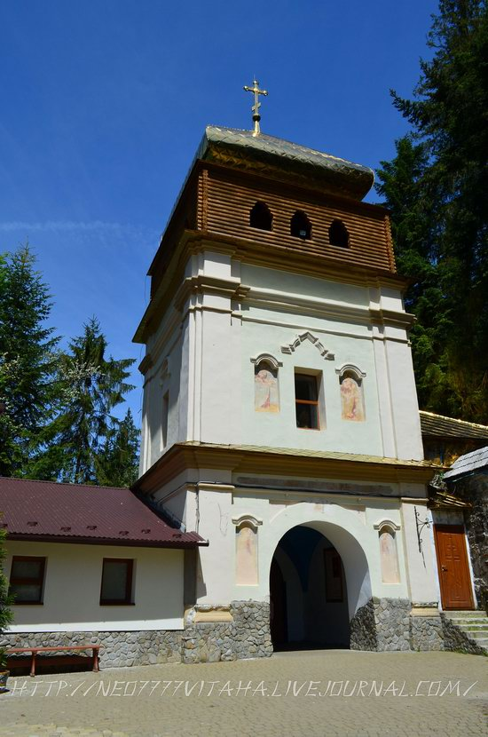 Manyavsky Holy Cross Exaltation Monastery, Ukraine, photo 4