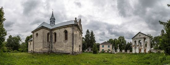 Catholic Church of the Holy Trinity in Pomoryany, Ukraine, photo 17