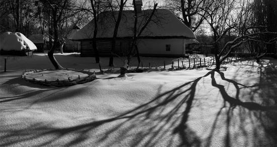 Snowy winter in the Pyrohiv Museum, Kyiv, Ukraine, photo 13
