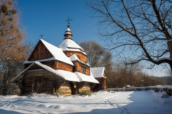 Snowy winter in the Pyrohiv Museum, Kyiv, Ukraine, photo 5