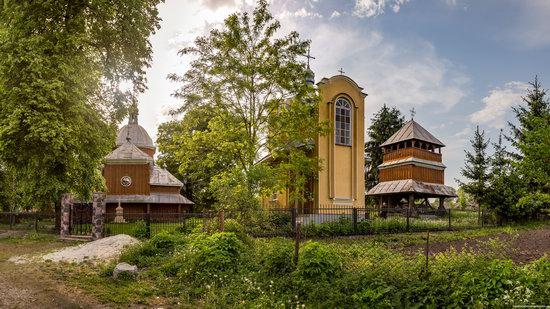 Wooden Church of St. Nicholas in Lishchyny, Lviv region, Ukraine, photo 14