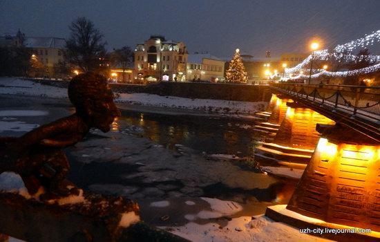 Snow-covered Streets of Uzhhorod, Ukraine, photo 15