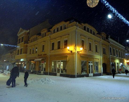 Snow-covered Streets of Uzhhorod, Ukraine, photo 18
