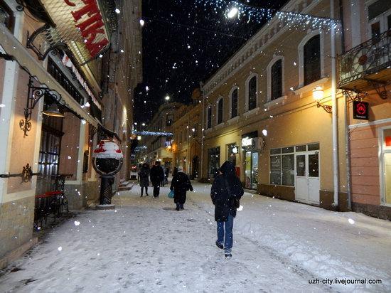 Snow-covered Streets of Uzhhorod, Ukraine, photo 19