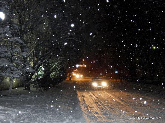 Snow-covered Streets of Uzhhorod, Ukraine, photo 22