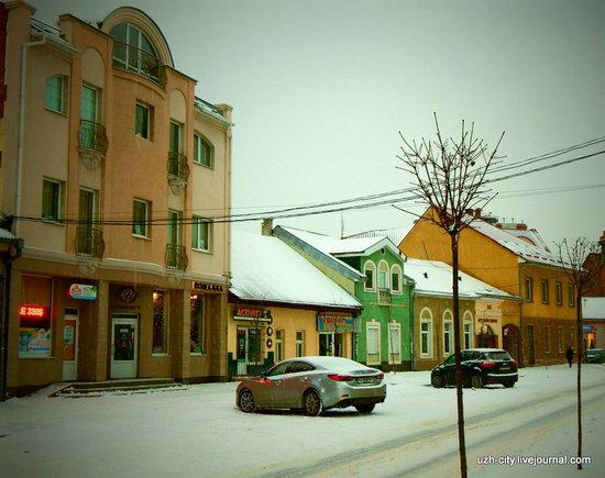 Snow-covered Streets of Uzhhorod, Ukraine, photo 3