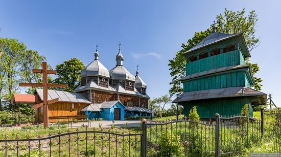 Church of St. Paraskeva in Pluhiv, Lviv region, Ukraine, photo 1