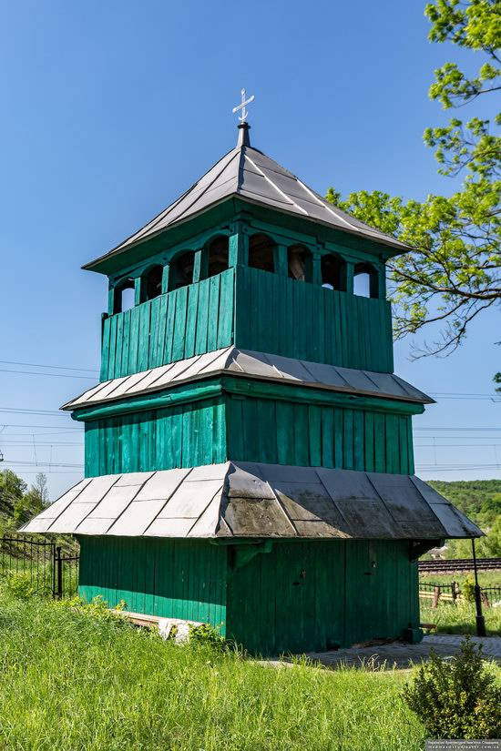 Church of St. Paraskeva in Pluhiv, Lviv region, Ukraine, photo 5