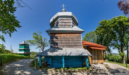 Church of St. Paraskeva in Pluhiv, Lviv region, Ukraine, photo 6
