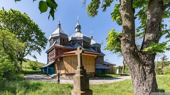 Church of St. Paraskeva in Pluhiv, Lviv region, Ukraine, photo 7