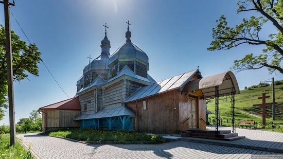 Church of St. Paraskeva in Pluhiv, Lviv region, Ukraine, photo 9