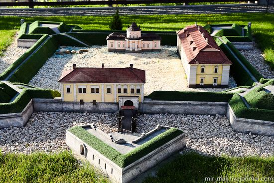 Museum of Miniatures Castles of Ukraine in Kamianets-Podilskyi, photo 12